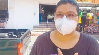 Brenda Acuña busca ayuda para operar tumor a su mamá; 'El Canelo' le responde 2