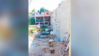 Levantan muro en la Mina 3 de Cuernavaca 2