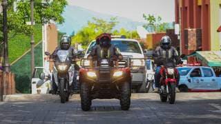 Recorre calles de Cuernavaca caravana de vehículos de emergencia 2