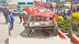 Falla en los frenos provoca accidente en Atlatlahucan 2