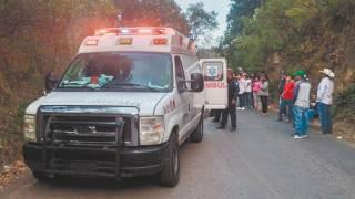Resultan tres heridos en fuerte choque en Morelos 2
