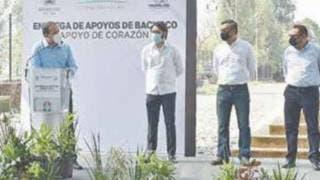Da salida el Gobernador Cuauhtémoc Blanco a donación de pollo 2