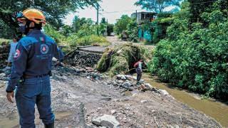 Deja lluvia daños en casas de Zacatepec 2