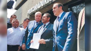 Presenta Cuauhtémoc Blanco denuncias contra ex gobernador, familiares y notario 2