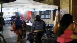 Se van. Vendedores ambulantes e integrantes del Frente Amplio Morelense que tenían tomada Casa Morelos dejan el lugar por voluntad propia durante la madrugada de ayer.
