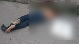 Abandonan a sujeto ejecutado en la colonia Cuauhtémoc Cárdenas, de Jiutepec 2