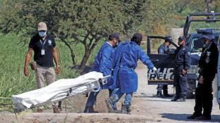 Hallan cadáver en campos de cultivo de Zacatepec 2