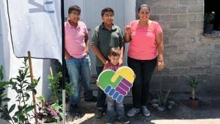 Familias de La Nopalera de Yautepec reciben casa nueva