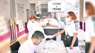 Toca vacuna al personal del ERUM Morelos 2