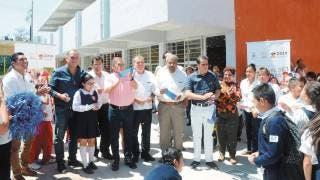 Entregan escuela rehabilitada en Cuautla 2
