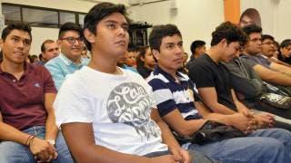 Emprendedores concursan para financiar sus proyectos