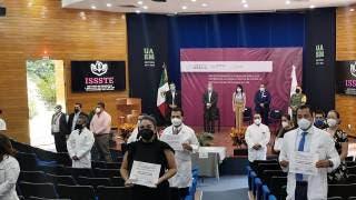 Reconocen a trabajadores del ISSSTE en Morelos por lucha vs COVID19 2