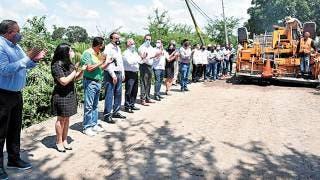 Dan banderazo a las obras en Jonacatepec 2