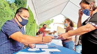 Pagan bono a jubilados de Morelos 2