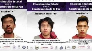Se orilla para ir al baño en la autopista México-Cuernavaca y lo despojan de su auto; ya están detenidos 2