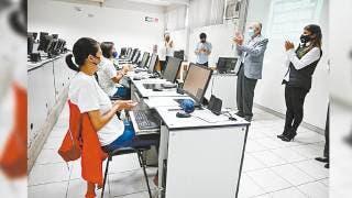 Arranca piloto en UTEZ y CECyTE, encabeza secretario de Educación de Morelos