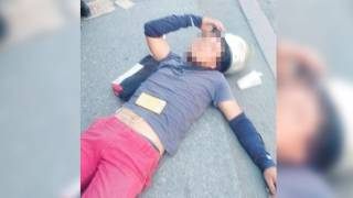 Derrapa motociclista y arrolla a 3 personas en Cuernavaca 2