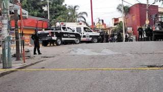Motonetos ejecutan a un hombre en Cuernavaca 2