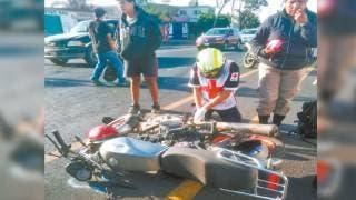 Chocan entre sí dos motociclistas en la México-Cuautla 2