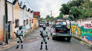 Dejan cadáver en cobijas en Emiliano Zapata 2
