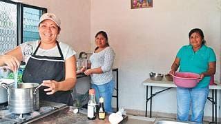 Aumenta participación económica de mujeres en la última década: INEGI 2
