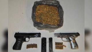 Caen 3 sujetos armados y con mariguana en Zapata 2