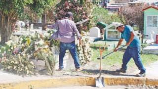 Sobresaturados y otros sin espacio panteones de Cuernavaca 2