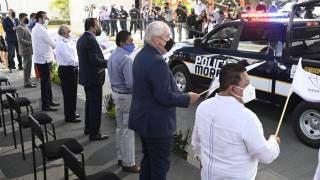 Entrega Cuauhtémoc Blanco patrullas a municipios de Morelos 2