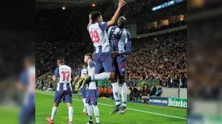 Porto califica a Cuartos de Final con Herrera y Tecatito de titulares 2
