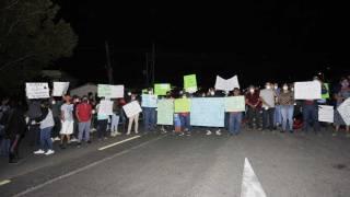 Amenazan con quemar patrullas en Yautepec; exigen aparezcan con vida 2 personas 2