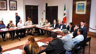 Presentan a alcaldes estrategia de reconstrucción 2