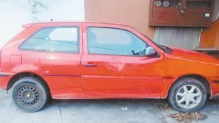Hallan auto abandonado y desvalijado en Jiutepec  2