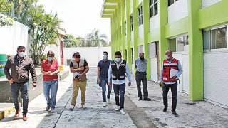 Responde titular de Ineiem a solicitud de asesoría en escuelas de Chipitlán 2