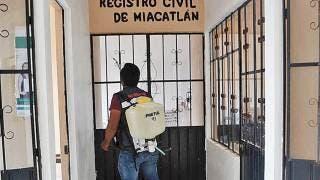 Sanitizan ayudantías municipales en Miacatlán 2