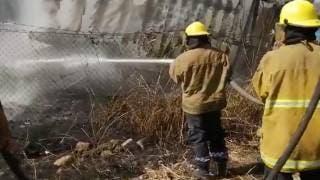 Se incendia caja de tráiler en Oaxtepec