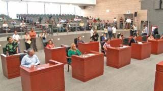 Reasignan comisiones de dos diputados 2