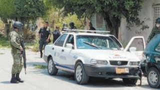 Hieren a balazos a taxista en Emiliano Zapata 2