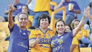 Regresa afición a estadios de Nuevo León 2