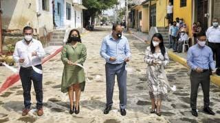El Gobernador Cuauhtémoc Blanco y alcaldesa de Tlayacapan inauguran obras  2
