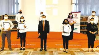 Reciben certificaciones en Upemor 2