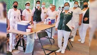 Retomarán vacunación en Cuernavaca el 12 de abril, para mayores de 60 años 2
