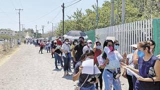 Maestros del oriente de Morelos cumplen con vacunación 2