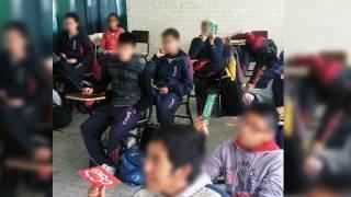 No cesan agresiones. Piden retomar la revisión de mochilas entre papás, maestros y autoridades de Seguridad Pública y Derechos Humanos.