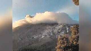 Baja la emisión de ceniza del Popocatépetl 2