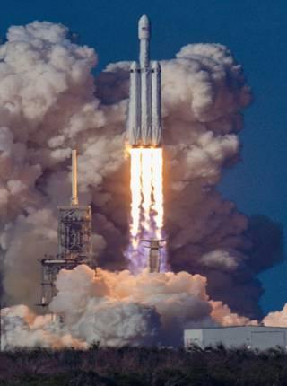 Cohete espacial chino se encuentra fuera de control en su viaje de vuelta a la Tierra