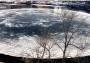 Se forma disco de hielo en el río de Maine